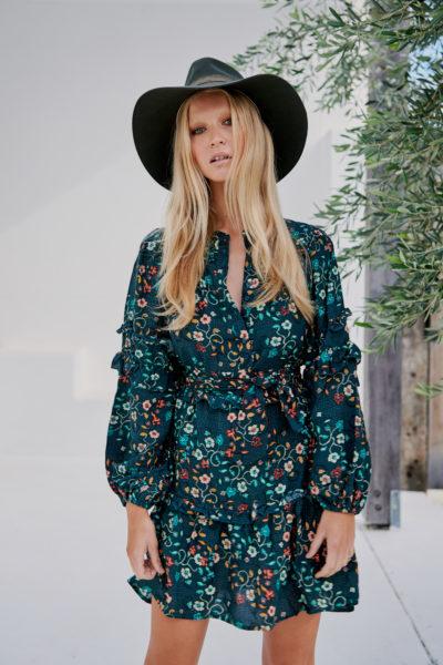vestido-boho-estampado-floral-verde-oscuro-corto-mini2