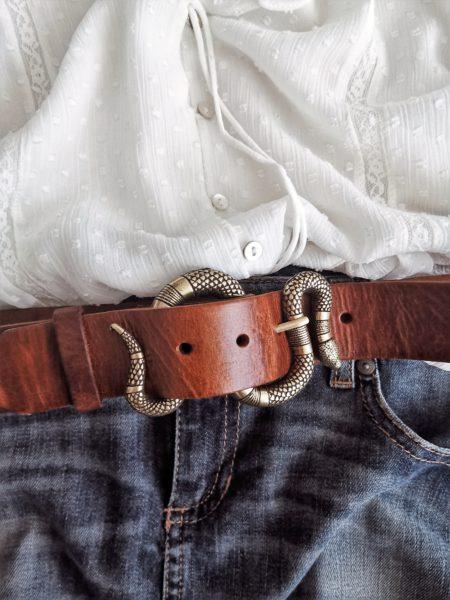 cinturon-piel-hebilla-serpiente