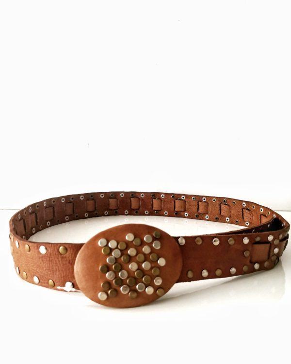 cinturon-cuero-tachas